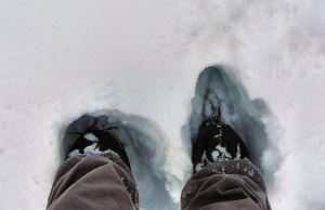 2.11.13 boots in snow